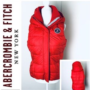 NEW ABERCROMBIE & FITCH Puffer Hood Red VEST